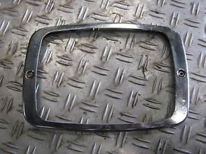 Mercedes-Benz-806-Lampenchromring-links