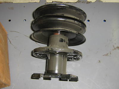 Murray, Noma Double Pulley Spindle Assy