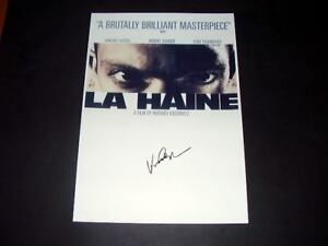 LA-HAINE-PP-SIGNED-POSTER-12-034-X8-034-VINCENT-CASELL