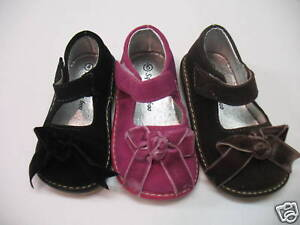 NWT-Girls-Suede-MaryJane-Squeaky-Shoes-w-bow-size45678