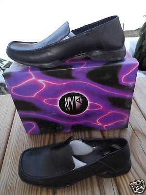 1990s Deadstock Nyla Black Leather Loafers Toe Mod Slip On Work Shoes 10