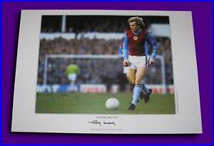 TONY-MORLEY-IN-ASTON-VILLA-SHIRT-SIGNED-A3-LARGE-PHOTO-COA-PROOF