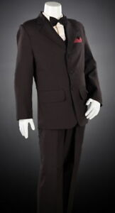 Suit Size Estimator; Men's Clothing Size Calculators. Shop your size in mens suits, tuxedos, outerwear, jackets, pants, dress shirts, hats and boys suits. *Sizes are estimates only. If you are in between sizes please round up to the larger size. For an exact measurement a .