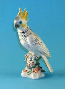 9942134-Wagner-amp-Apel-Parrot-Cockatoo-Bird-Yellow-Porcelain-Figurine-H26cm