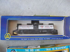 Vintage-AHM-HO-Scale-Michigan-Alkali-Tank-Car-w-Box