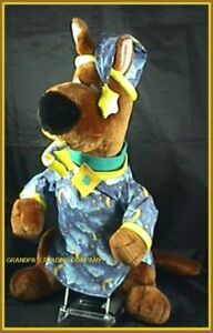 Scooby-Doo-21-Plush-Dog-Night-Shirt-Moon-Stars-Slipper-Nightshirt-Hanna-Barbera