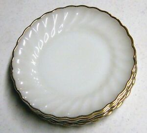 Anchor-Hocking-Swirl-White-Gold-Trim-7-034-Plate-MADE-IN-THE-US-USA-U-S-A