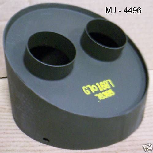 Stewart Warner South Wind Corp. - Adapter Outlet -  P/N: G701687 (NOS)