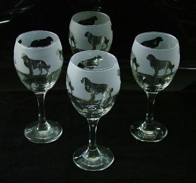 Bernese dog. Wine Glasses classic set of four.