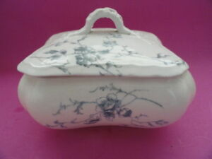 ANTIQUE TURNER'S TUNSTALL ENGLAND IDA PATTERN PORCELAIN SOAP BOX / TRINKET BOX