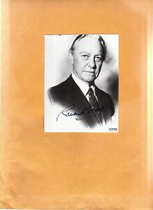 Richard-Todd-signed-photo