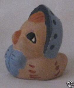 Animal-Blue-Bonnet-Resin-Little-Hen-Chicken-Figurine