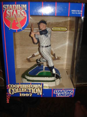 Mickey-Mantle-1997-Cooperstown-Collection-Figure-New-York-Yankees-Hall-of-Famer