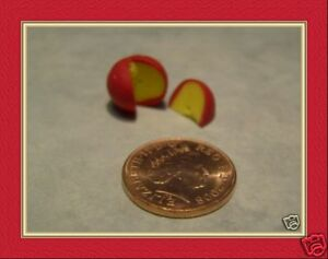 Dolls-House-Miniature-Edam-Cheese-Round