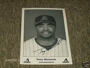 Infield-Outfield-Tony-Womack-signed-Photo-rare