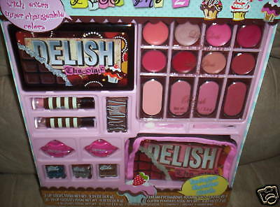 Kiss Me 2 Lip Sticks Lip Glosses Blushes Eyeshadows Kit
