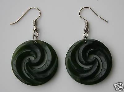 Ohrringe aus Jade  Koru  Neuseeland