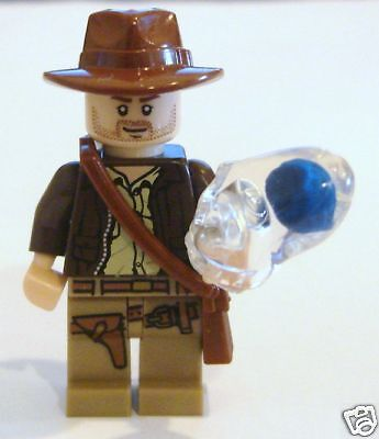 Lego Minifig Indiana Jones With Crystal Skull