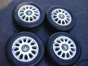 HOLDEN-VR-STATESMAN-COMMODORE-15-034-X-6-034-MAGS-WHEELS-TYRES-CENTER-CAPS-SET-OF-4