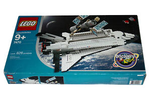 NEW Lego  7470 Space Shuttle Discovery SEALED