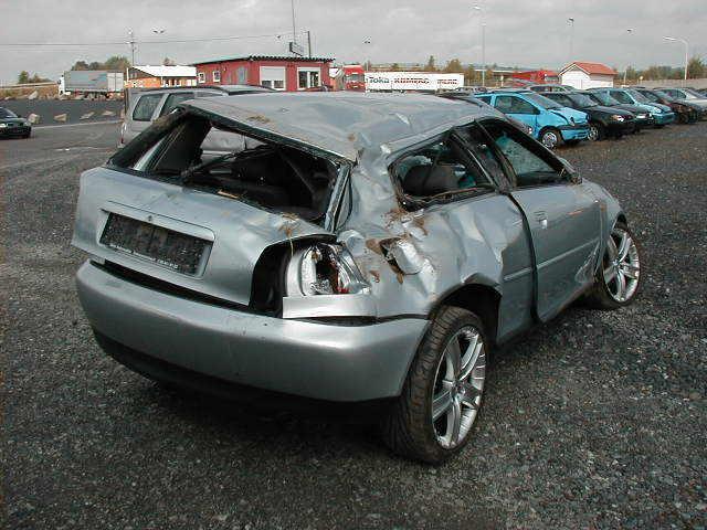 Zdjecie Audi Po Wypadku