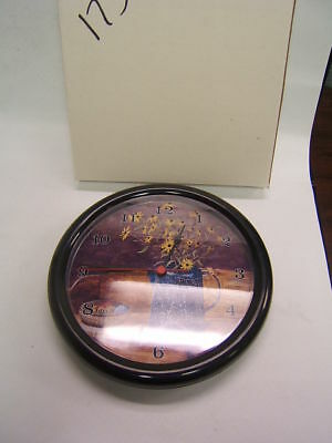 Granny's Treasure Daisies Clock Plastic George Losch