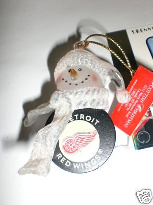 1 Detroit Red Wings Mini Hockey Puck Xmas Ornament