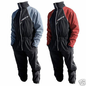 Paraglider-Flight-Suit-The-Ozone-Layer-for-Paragliding-and-Paramotoring