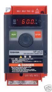 INVERTER-VETTORIALE-TOSHIBA-0-75-kW-230-Volt-MONOFASE-USCITA-MOTORE-TRIFASE-1-HP