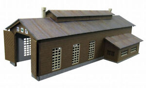 Sankei-MP01-45-Locomotive-House-1-220-Z-scale