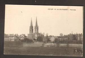 LA-DELIVRANDE-14-BOVIN-en-PATURAGE-VILLAS-amp-EGLISE