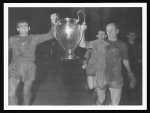 Bobby-Charlton-1968-European-Cup-Final-Man-Utd-Picture-Manchester-United-Benfica
