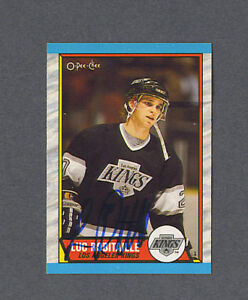 Luc-Robitaille-signed-LA-Kings-1989-90-Opc-hockey-card