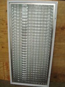 Genlyte Thomas Parabolic Light 2 X4 14 X 30 Lens Ebay