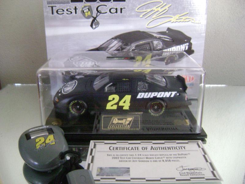 Jeff Gordon 24 2002 Black Dupont Test Car W/stopwatch 1/24 Scale Monte Carlo