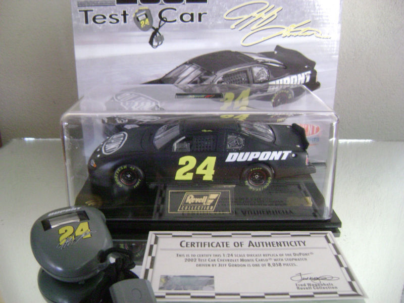 Jeff Gordon 24 2002 Black Dupont Test Car W/stopwatch 1/24 Scale Monte Carlo