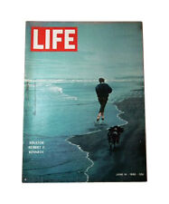 Life Magazine Back Issues in English