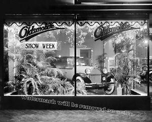 Photograph-Vintage-Washington-DC-Oldsmobile-Showroom-1922-11x14