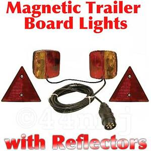Magnetic-pod-lights-board-recovery-trailer-transporter