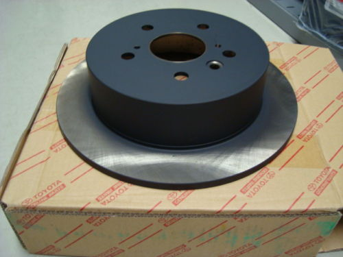 Genuine Lexus Rear Discs & Pads IS250 & IS220d Vented Discs only 42431-30290