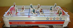 tudor-table-top-hockey-game-banana-blade-players-1973
