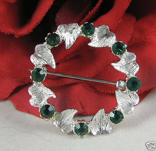 Vintage Green Rhinestone Wreath Pin CAT RESCUE