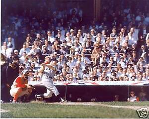MICKEY-MANTLE-NEW-YORK-YANKEES-UNSIGNED-8X10-PHOTO