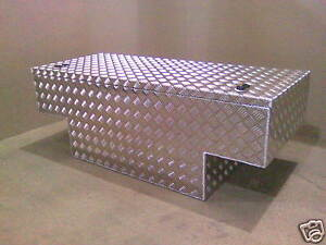 LARGE-Aluminium-alloy-tee-storage-tub-box-Land-Rover-90