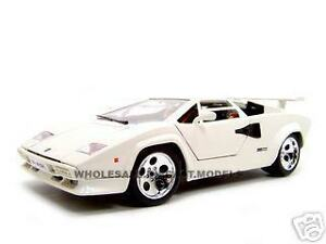 lamborghini countach 5000 white 1 18 diecast model ebay. Black Bedroom Furniture Sets. Home Design Ideas