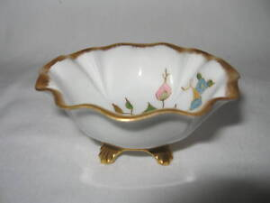 ANTIQUE HAND PAINTED PIN DISH MADE IN GERMANY