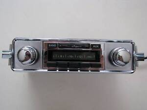 NEW-VW-Ghia-Type-3-AM-FM-iPod-MP3-Vintage-Style-Original-Look-Car-Stereo-Radio