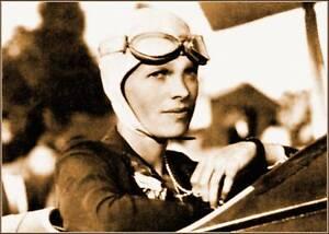 Photo-5x7-Sepia-Amelia-Earhart-In-Training-Plane-1926