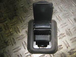 Opel-Corsa-B-Aschenbecher-hinten