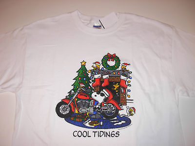 Snoopy Christmas T-shirt, Adult Size Large, W/tag